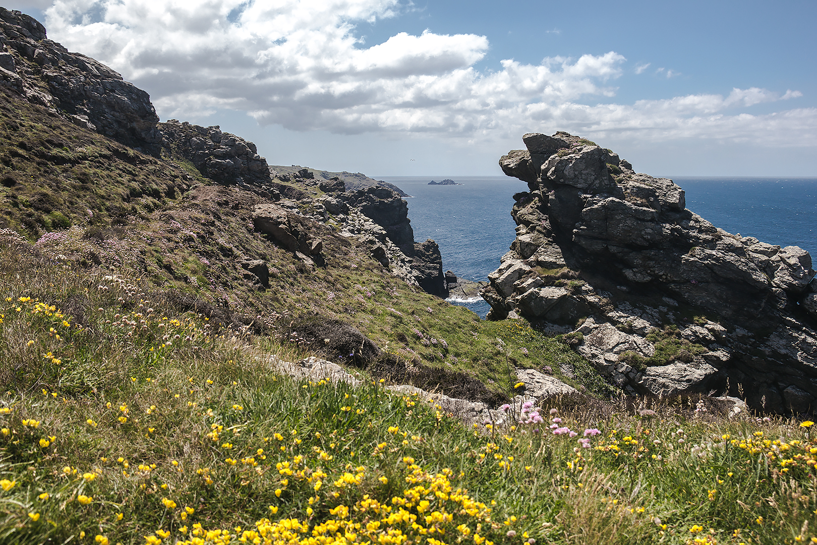 Lunch stop on the South West Coastal Path